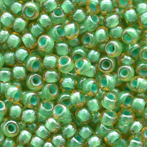 Бисер прозрачный с цветн. серед. 6/0 (11355), круг. отв., 50г Preciosa
