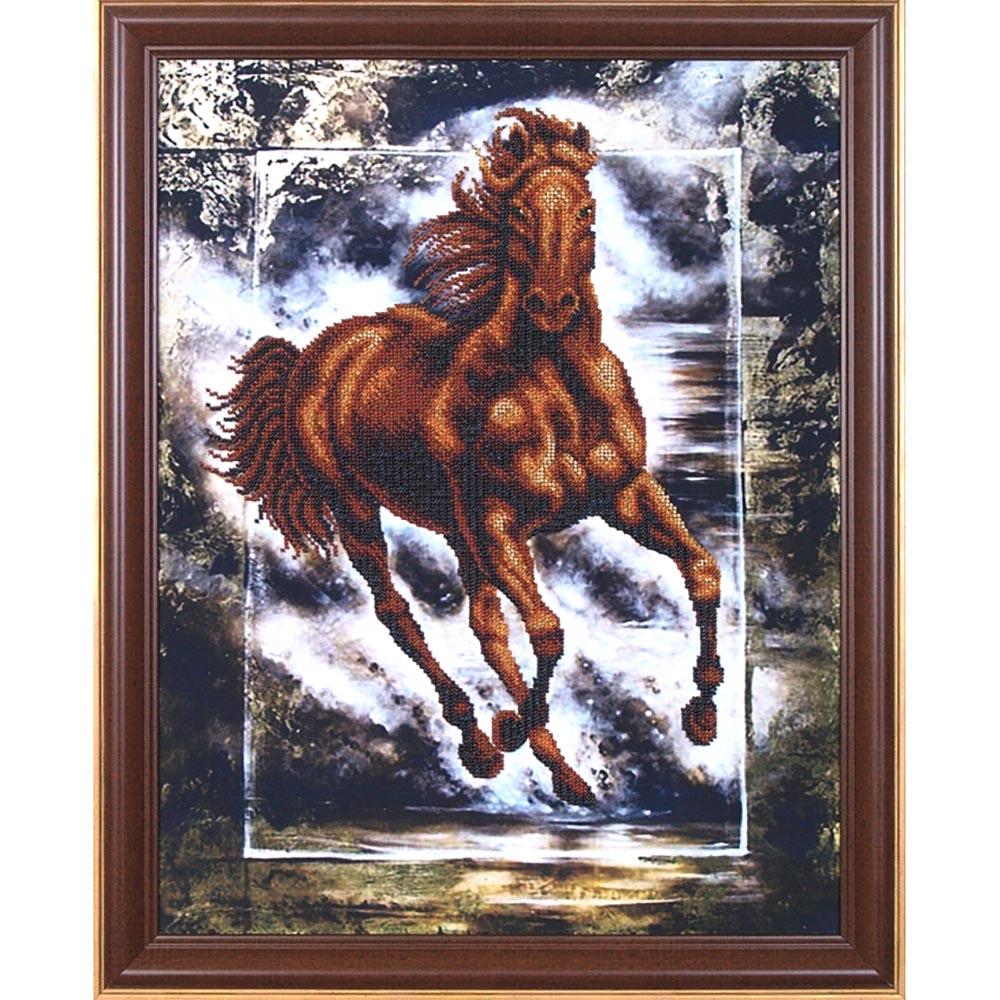Б-053 Набор для вышивания бисером 'Магия канвы' 'Победный конь', 35х44,5 см