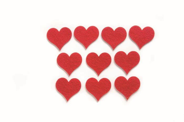 67101313 Фигурки из фетра 'Сердца', 10шт, 4см, цвет: красный, Glorex