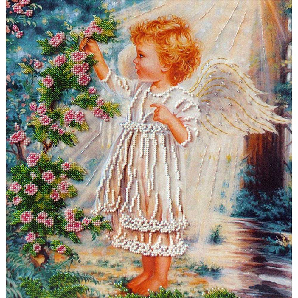 Б-555 Набор для вышивания бисером 'Чарівна Мить' 'Ангелочек и розовый куст', 28*29 см
