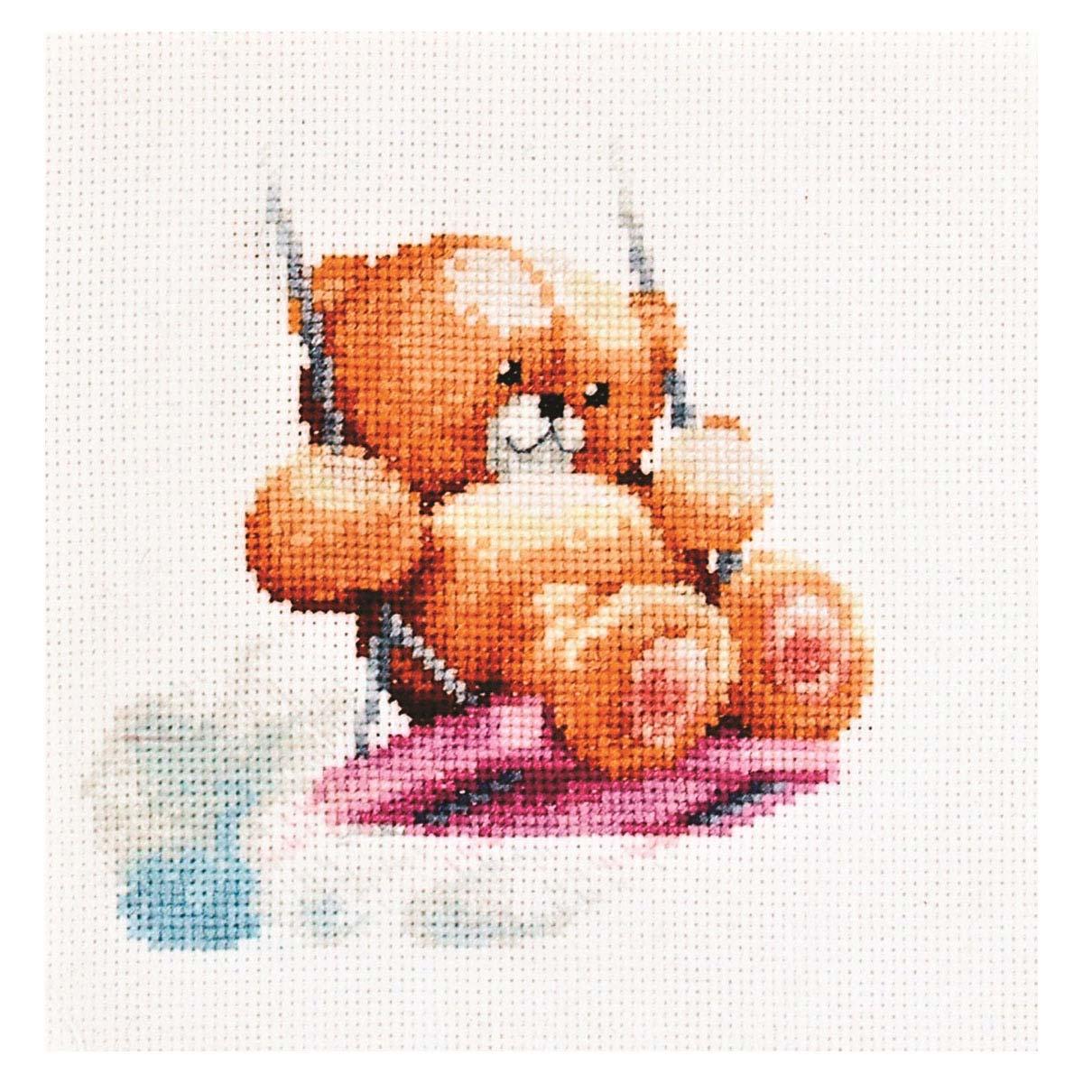 1026 Набор для вышивания Alisena 'Мишка на качелях', 11*11 см