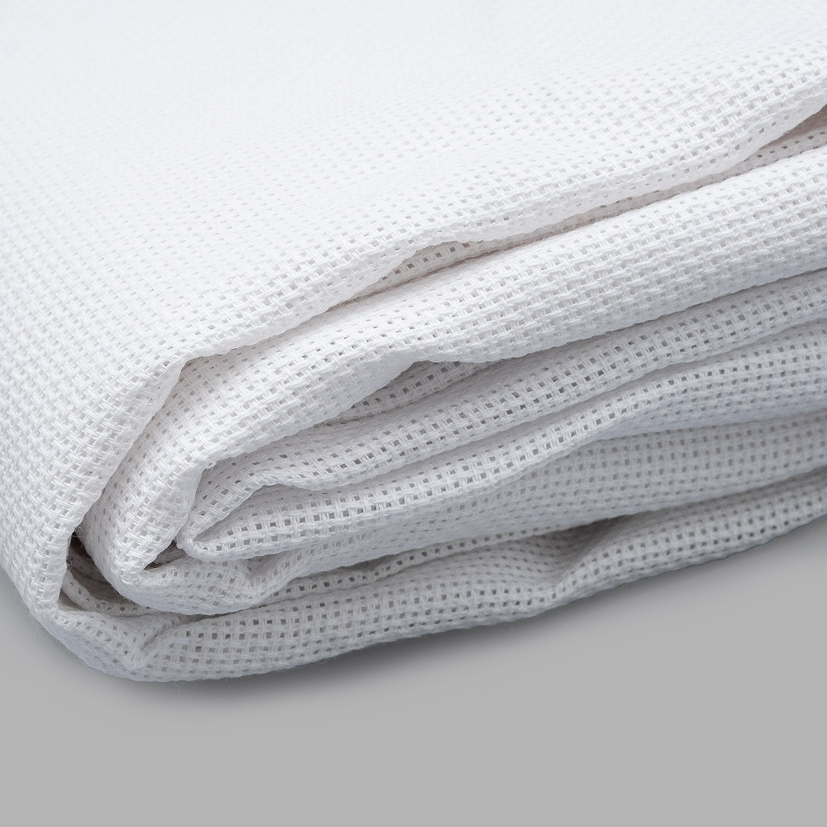 563 (464) Канва белая, средняя, 55кл*10см, 500*150см (Беларусь)