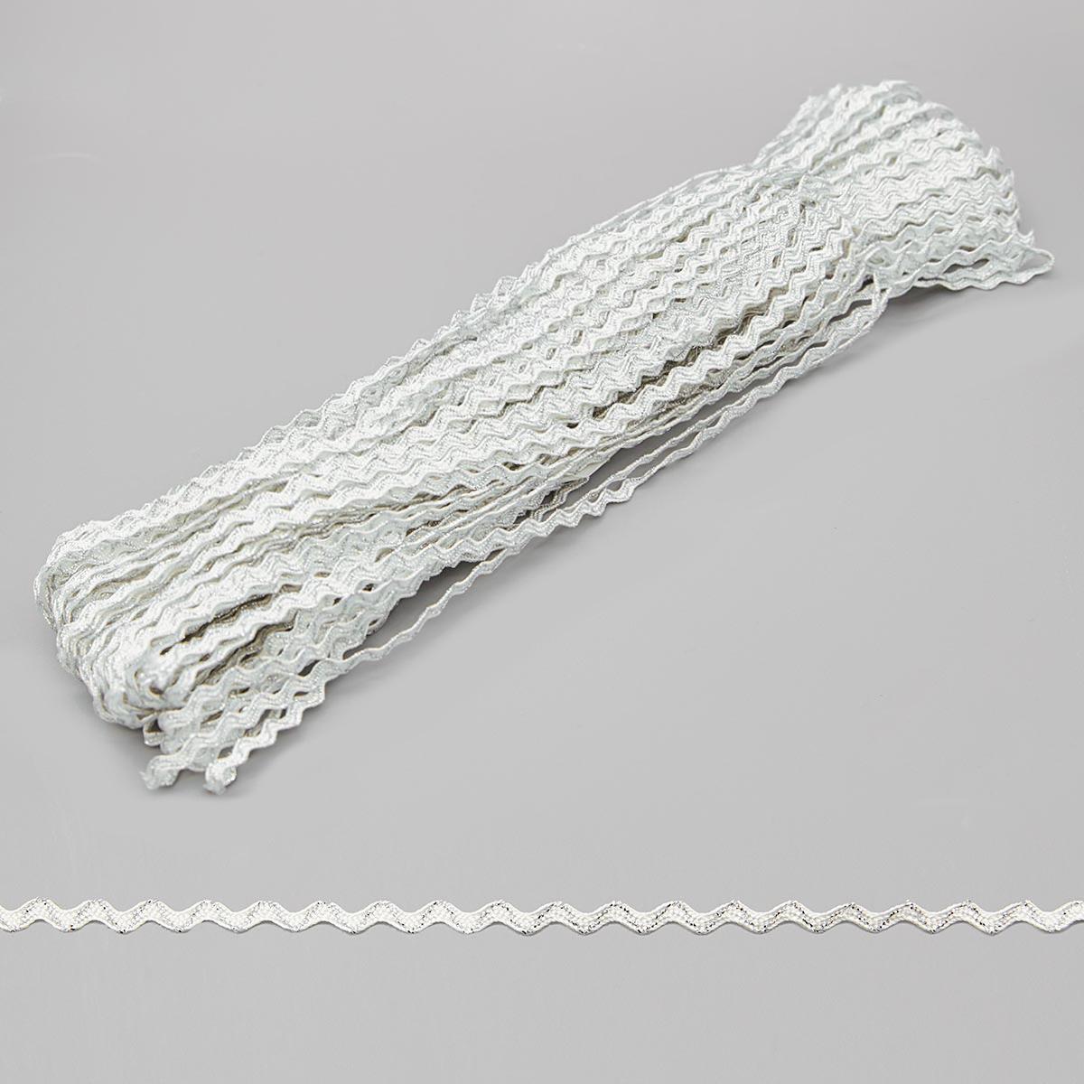 С569 Тесьма-вьюнчик с метанитью, 3 мм* 30 м (белый/серебро) фото