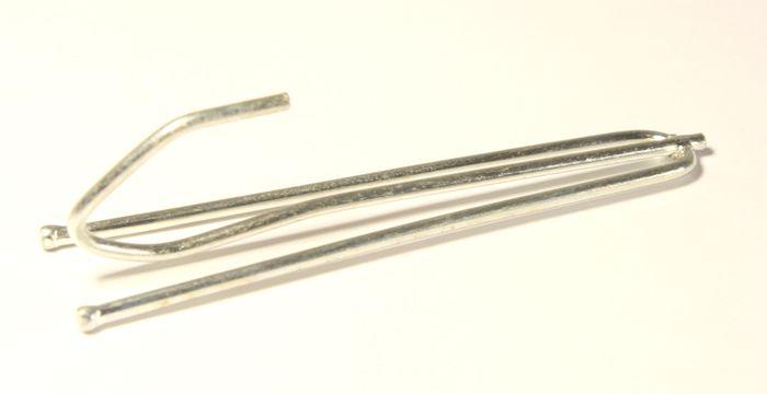06-3744 Крючок зажим шторный 74 мм 2 рожка ГР