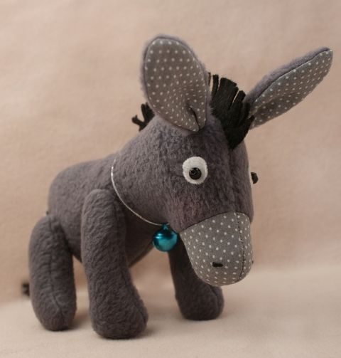 D001 Набор для изготовления текстильной игрушки 11см 'DONKEY STORY' Ослик (Ваниль)
