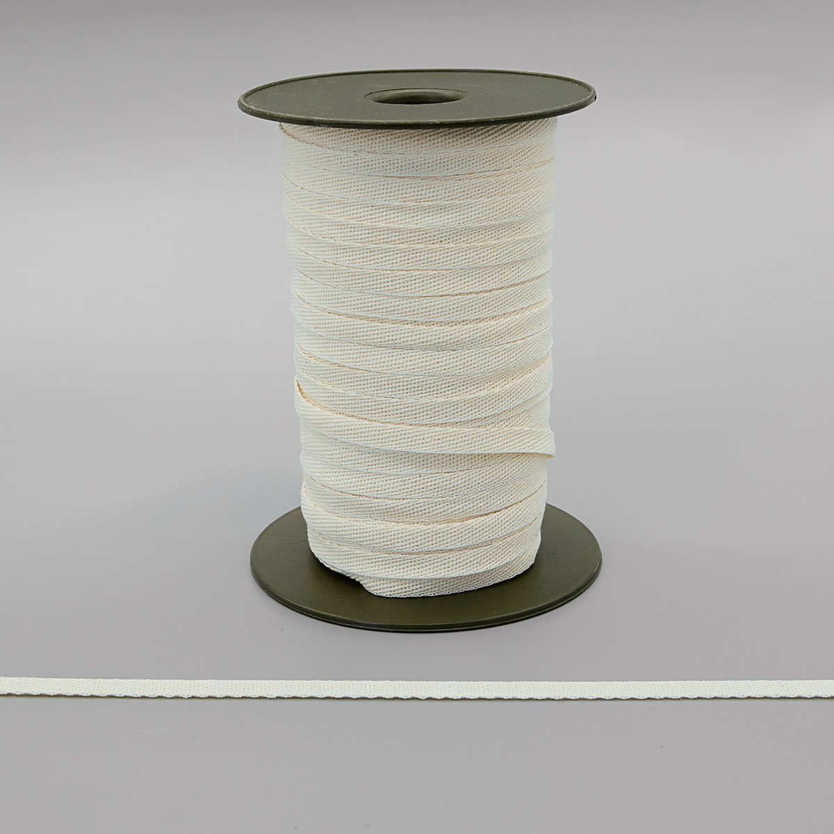 1008Б Лента киперная, белый (суровый), 8 мм*100 м