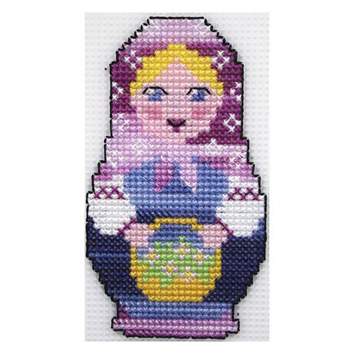 П-0009 Набор для вышивания на пластиковой канве Hobby & Pro Kids 'Матрешка с цветами', 14*9,5 см