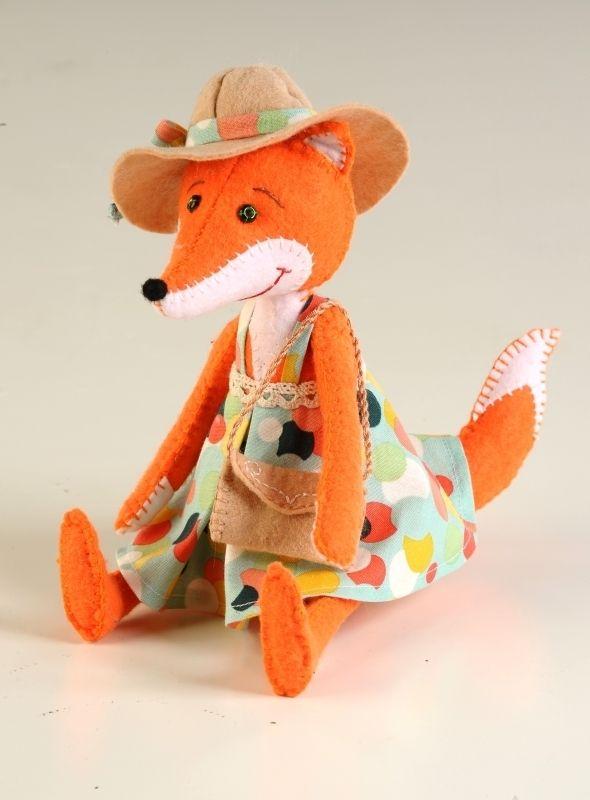 ПФЗД- 1008 Набор для изготовления текстильной игрушки серия 'Забавные друзья'из фетра 'Модная Алиса'
