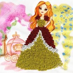 ДПТ009 Набор для вышивания бисером Woman-Hobby 'Принцесса' 15*15 см