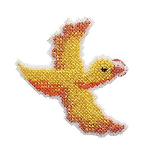 П-0007 Набор для вышивания на пластиковой канве Hobby & Pro Kids 'Птица счастья', 13,5*9 см