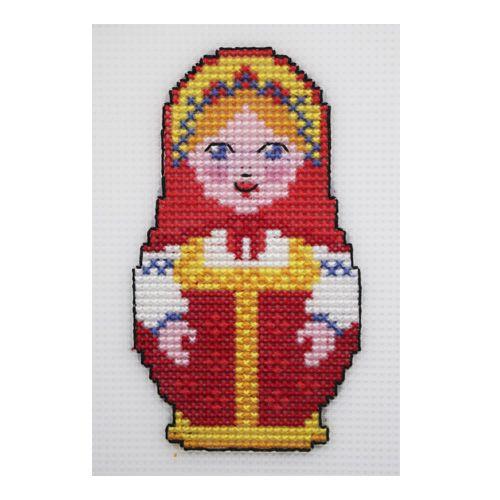 П-0011 Набор для вышивания на пластиковой канве Hobby & Pro Kids 'Матрешка в кокошнике', 7,5*13 см