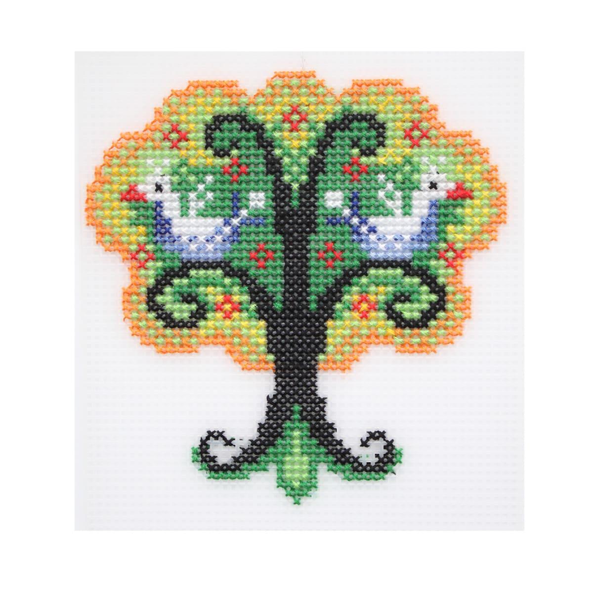 П-0025 Набор для вышивания на пластиковой канве Hobby & Pro Kids 'Чудо-дерево', 12*12,5 см