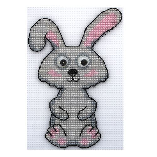 П-0036 Набор для вышивания на пластиковой канве Hobby & Pro Kids 'Зайка', 10,5*15 см