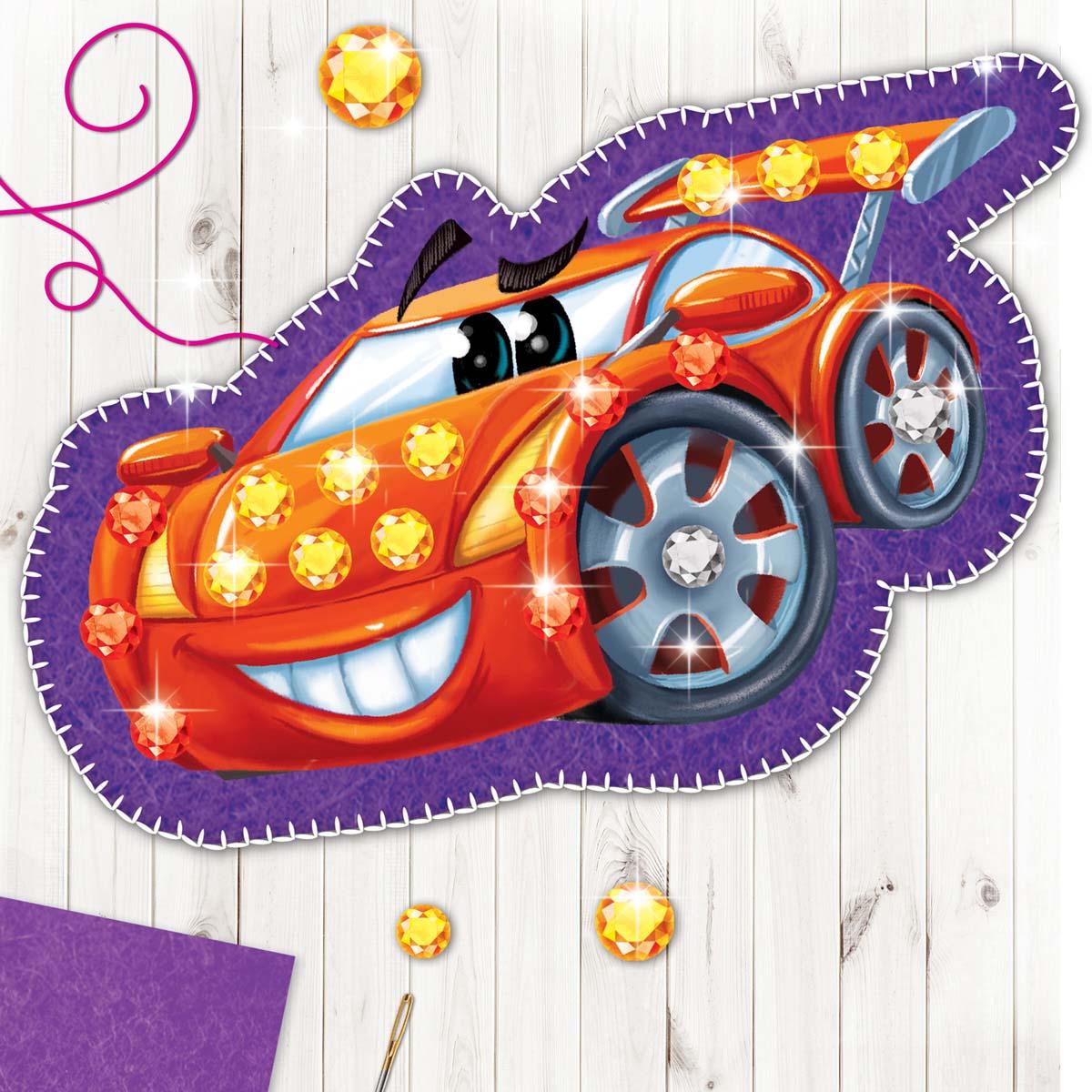 3536775 Набор для создания игрушки из фетра с термонаклейкой 'Машинка'