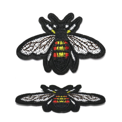 ГФ927 Термоаппликация Пчела 64*45мм
