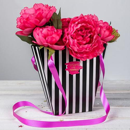 3090142 Пакет для цветов трапеция 'Летай от счастья', Вертикальные полоски, 10*23*23 см