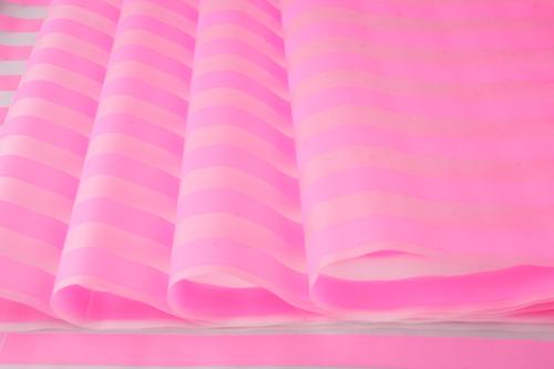 64421 Пленка матовая Полосы 70см х 10м розовый