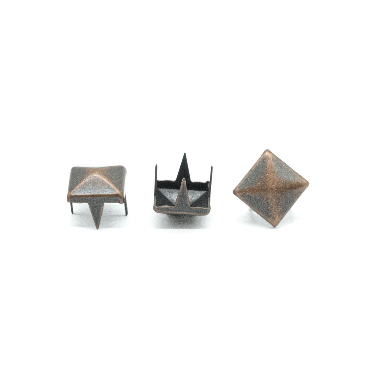 53925 Украшение 6*6мм на шипах т.медь. 'пирамидка'