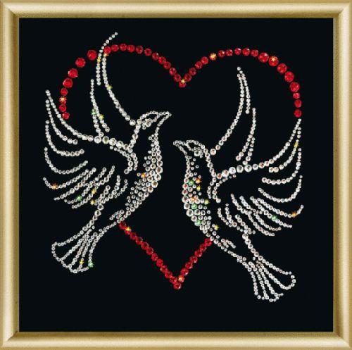 КС016 Набор для изготовления картины со стразами 'Вечная любовь'