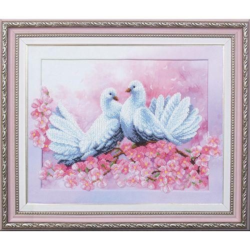 Б-171 Набор для вышивания бисером 'Магия канвы' 'Любовь и голуби', 37х30 см