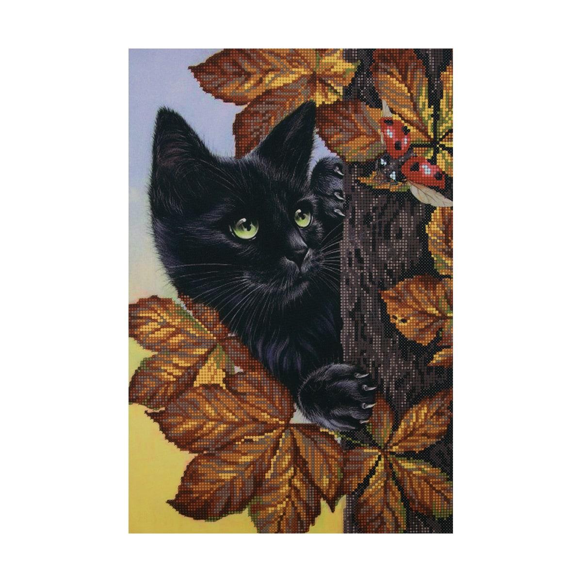 НР-3000 Канва с рисунком для вышивания бисером 'Котенок в листьях' Hobby&Pro 25*37см