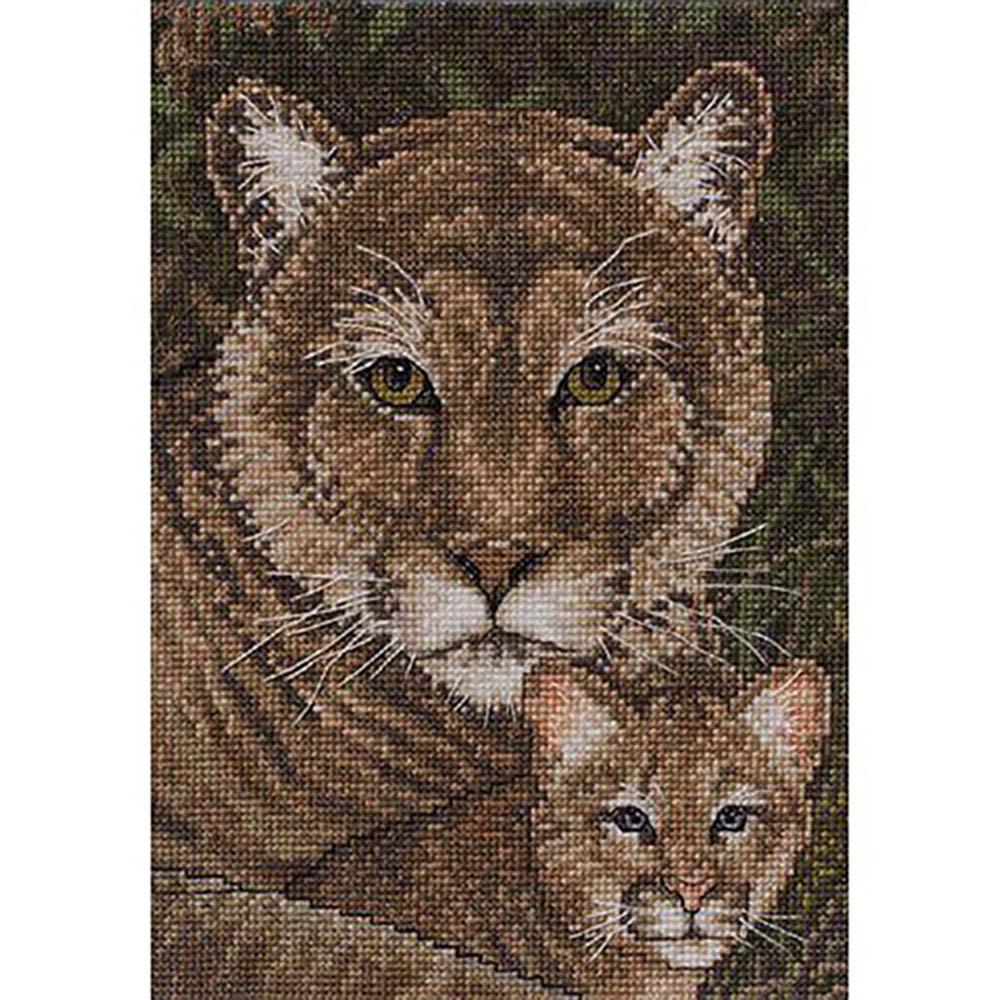 45515-BCL Набор для вышивания BUCILLA 'Семья кугуаров' 12,7х17,8 см