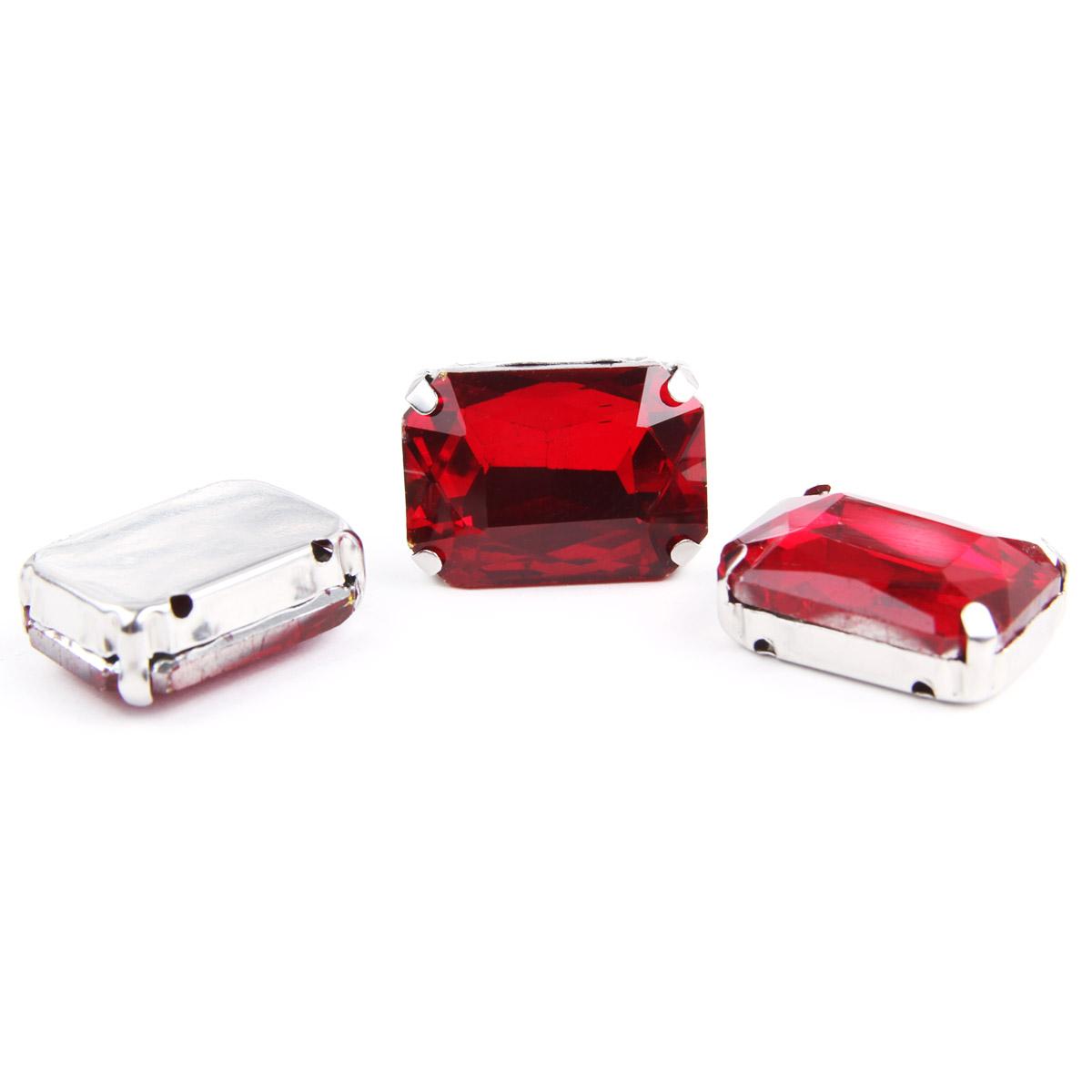ПЦ003НН1318 Хрустальные стразы в цапах прямоугольные (серебро) красный 13*18мм, 3шт/упак Астра