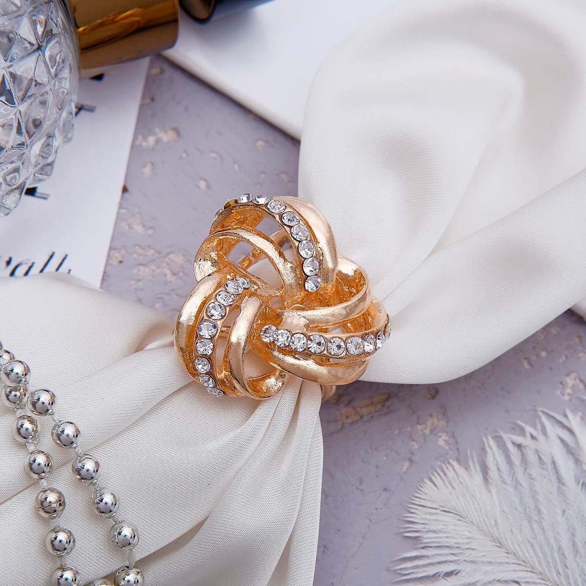 1353790 Кольцо для платка 'Трио', цвет белый в золоте