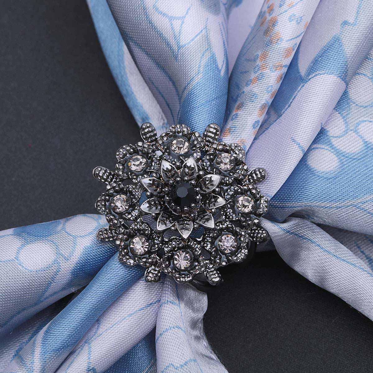 2522023 Кольцо для платка 'Искра', цвет серый в черненом серебре