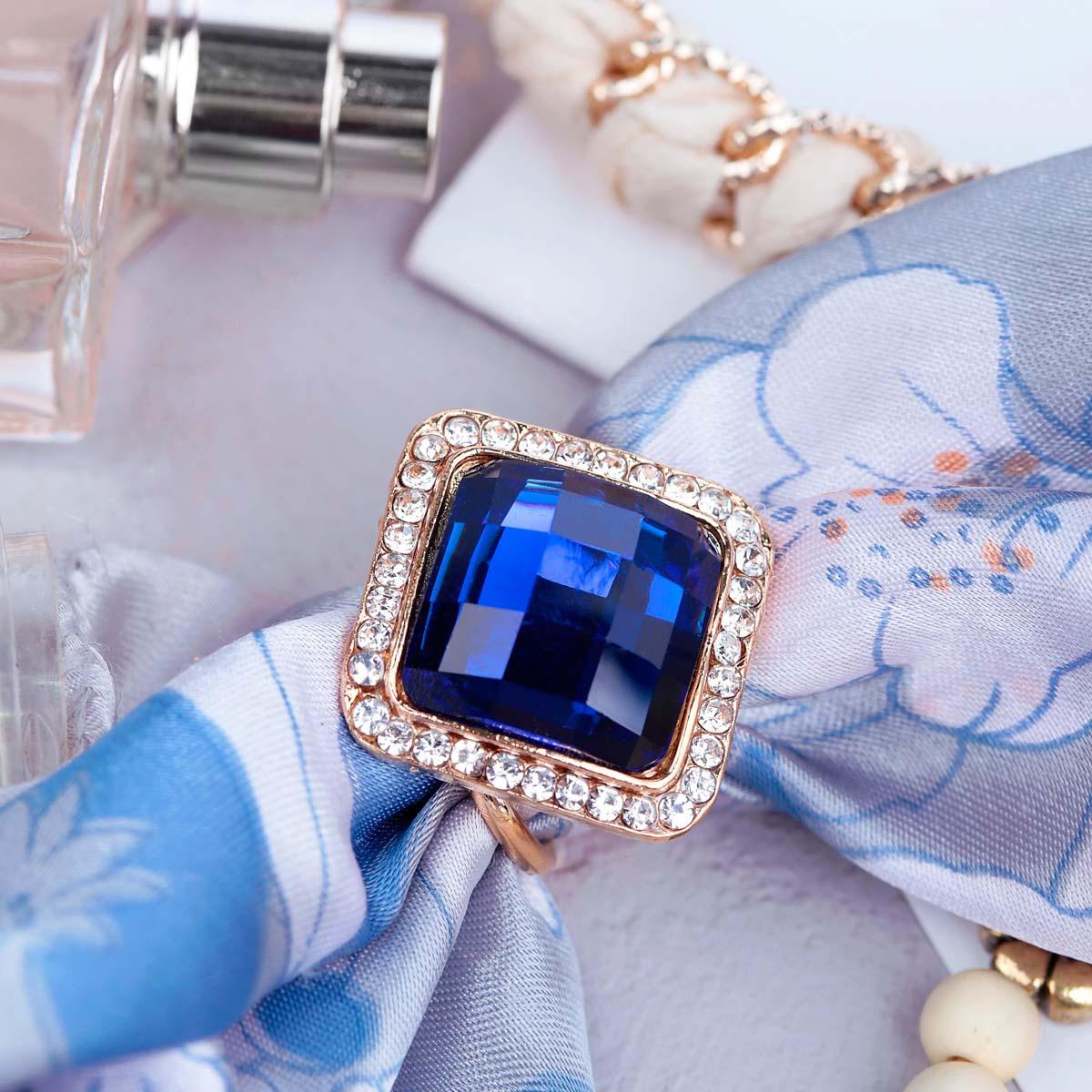 3714484 Кольцо для платка 'Кристалл' ромб, цвет сине-белый в золоте