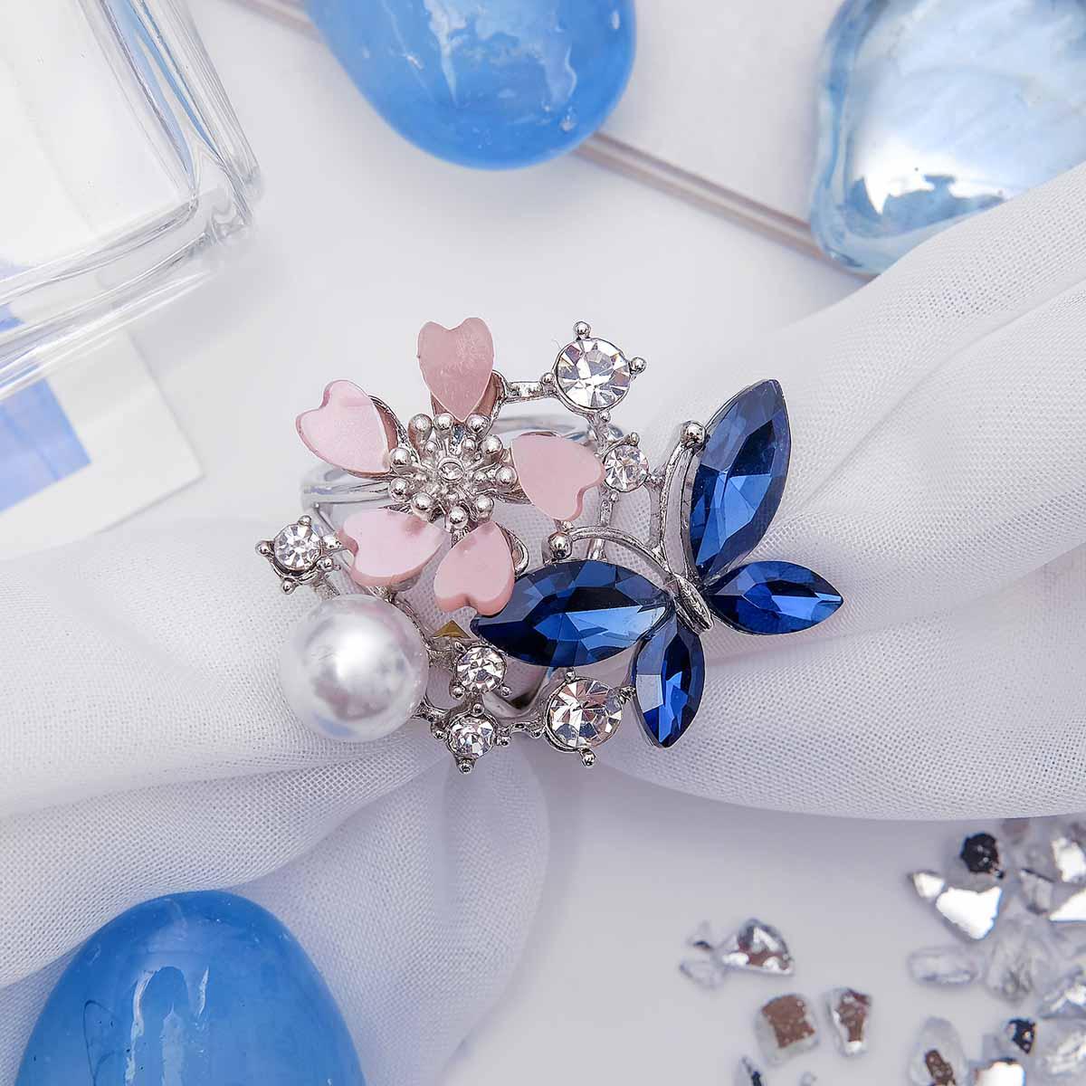 1705337 Кольцо для платка 'Бабочка с цветочком' зимняя искра, цветная в серебре