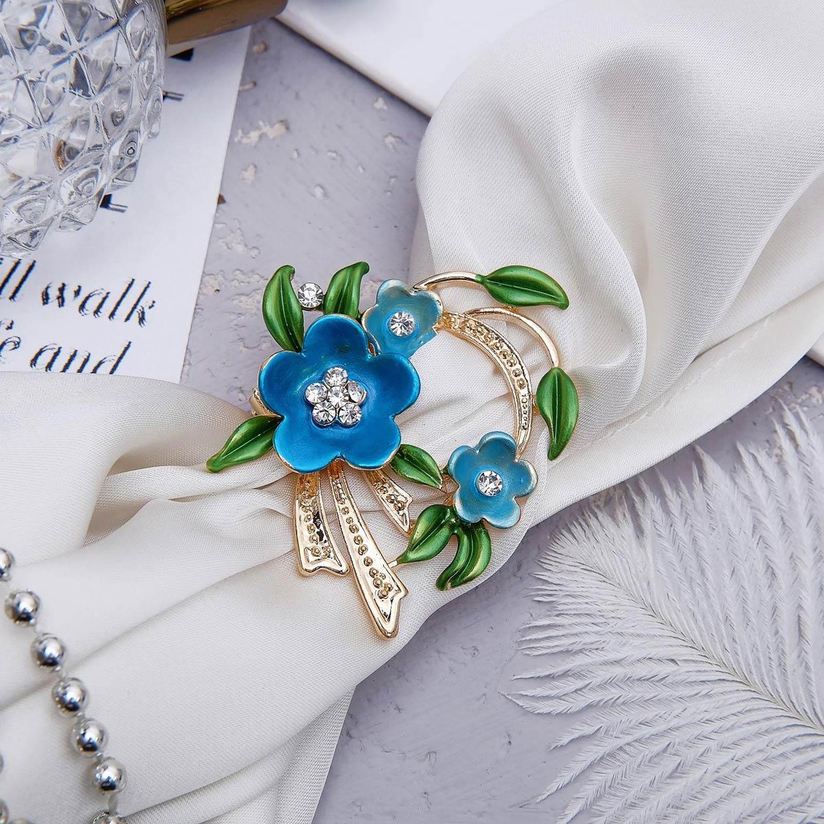 1353806 Зажим для платка 'Цветы' трио, цвет зелёно-голубой в золоте