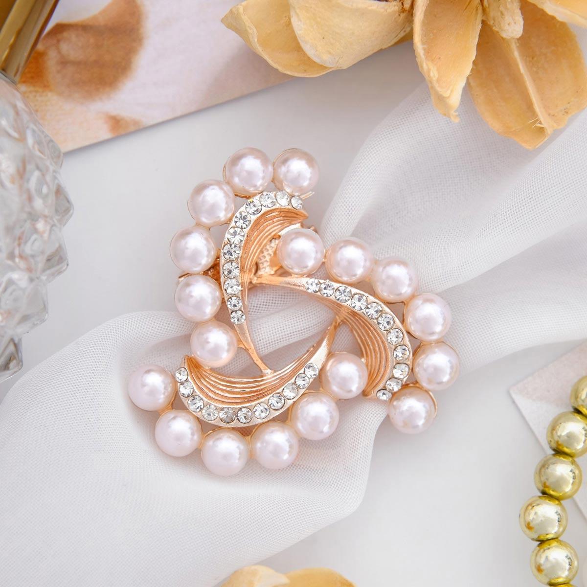 3723720 Зажим для платка 'Роза ветров', цвет белый в розовом золоте