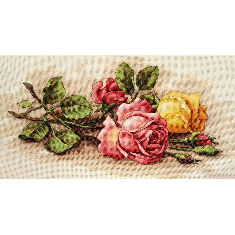 13720-DMS Набор для вышивания Dimensions 'Срезанные розы', 36х23 см
