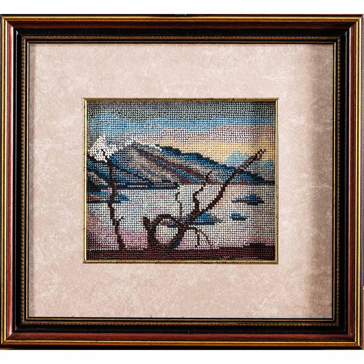 В035 Набор для вышивания бисером 'Горное озеро'