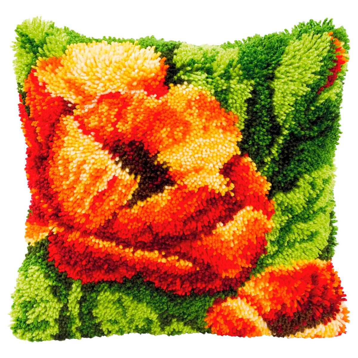 0014175-PN Подушка (ковровая техника) Vervaco 'Маки' 40x40 см