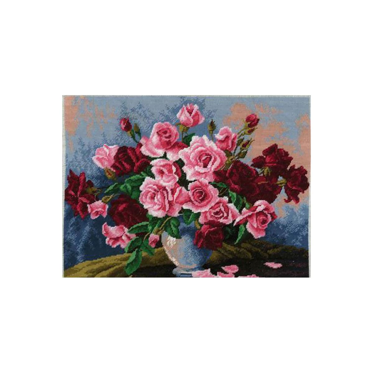 620 Набор для вышивания Hobby&Pro 'Бархатные розы', 35*27 см