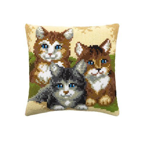003.220 Подушка Pako 'Три голубоглазых котенка', 40х40 см