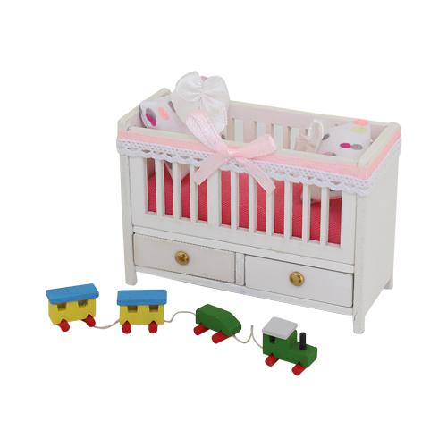 1181006 Набор для изготовления миниатюры: детская кроватка 5,9*8,2*3,5см