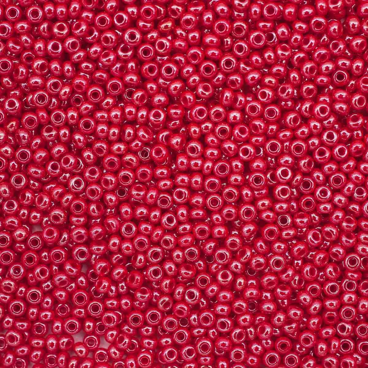 331-19001-10/0-98170 Бисер непрозрачный с жемчужным покрытием 10/0, круг.отв., 20гр Preciosa