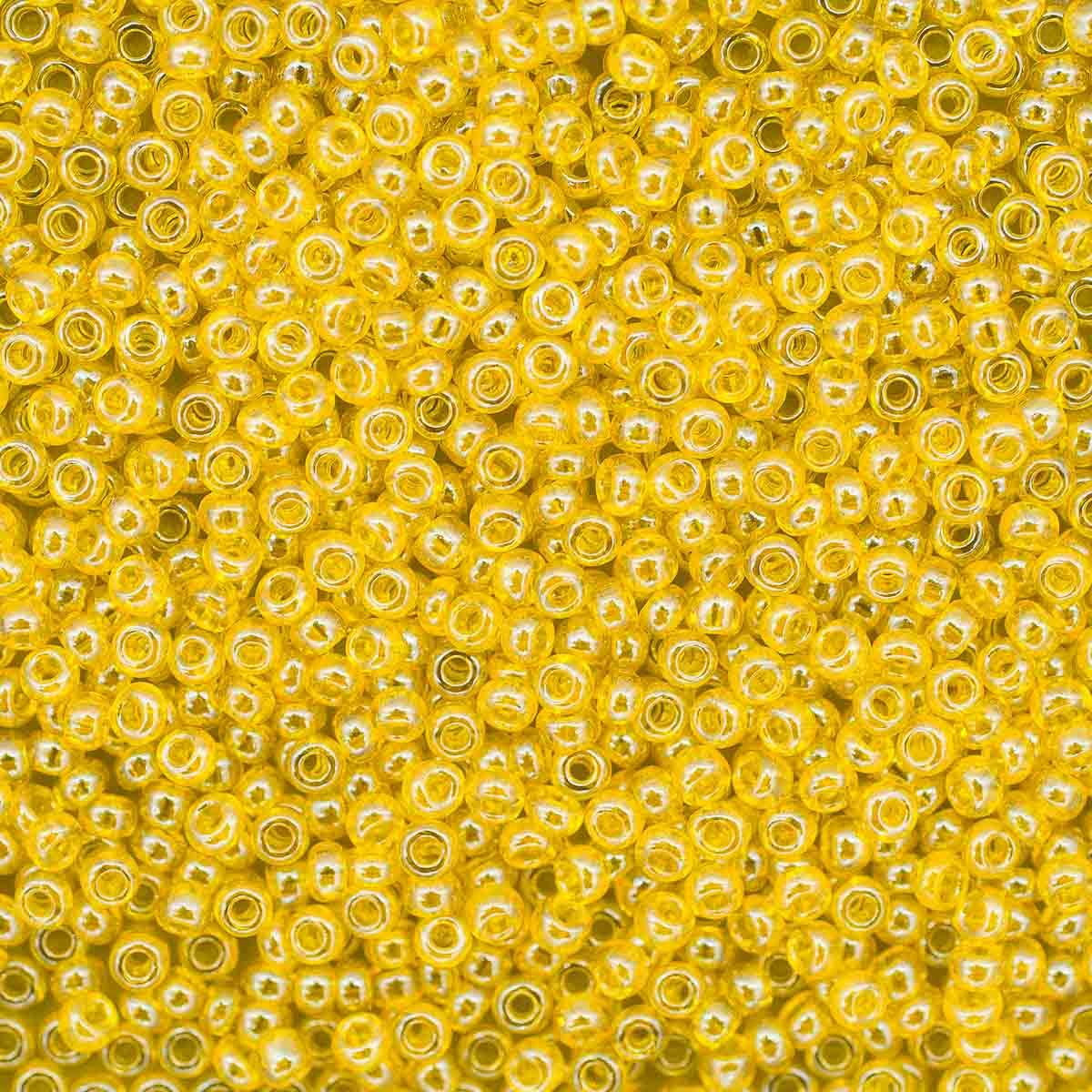331-19001-10/0-86010 Бисер прозрачный с покрытием 10/0, круг.отв., 20гр Preciosa
