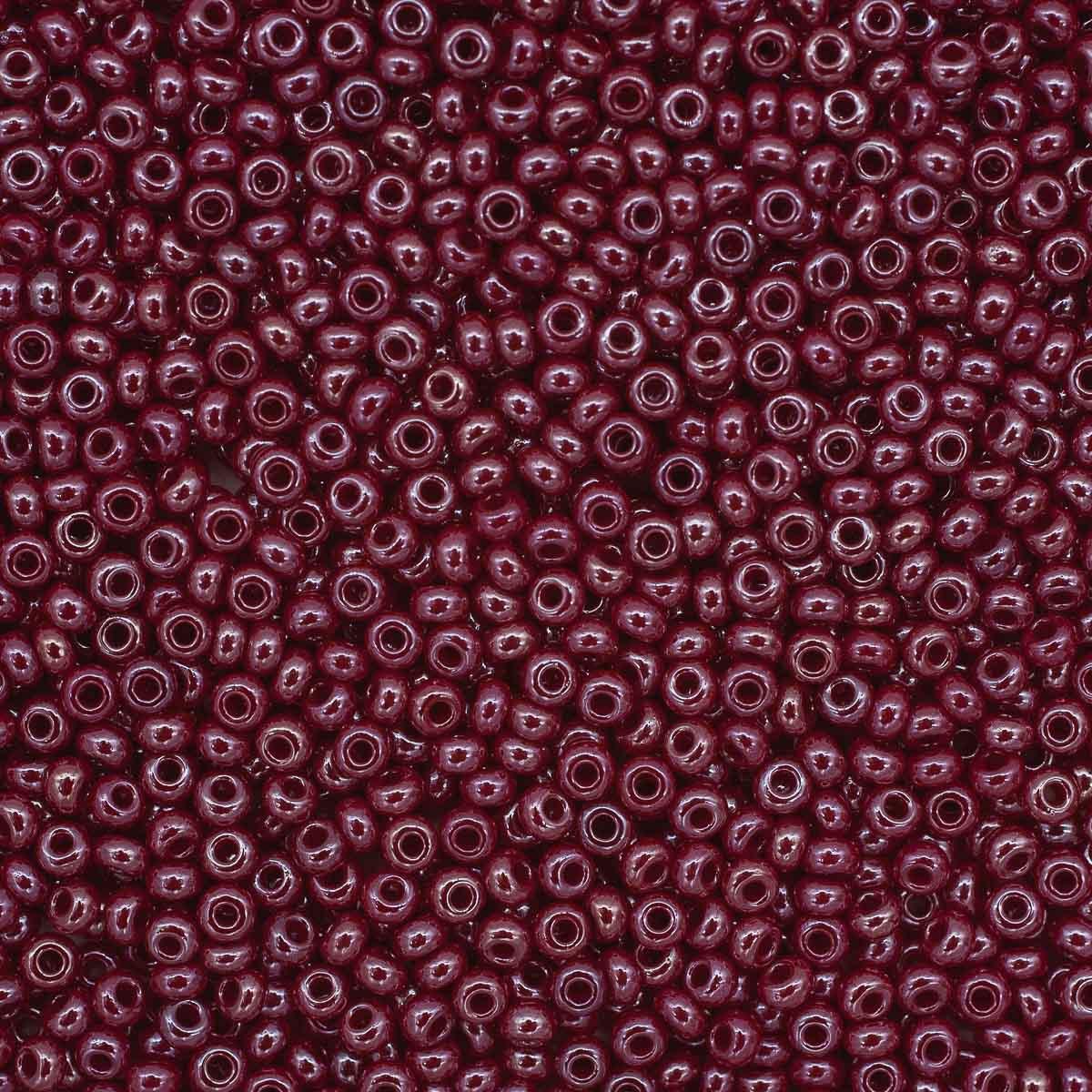 331-19001-10/0-98210 Бисер непрозрачный с жемчужным покрытием 10/0, круг.отв., 20гр Preciosa
