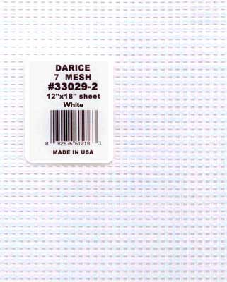 33029-2 DARICE Канва пластиковая №7, 30х45 см, цвет белый