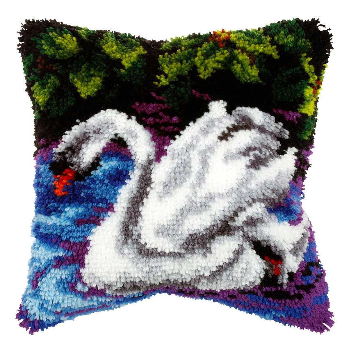 4022 ORCHIDEA Набор для вышивания в ковровой технике (подушка) 40х40 см