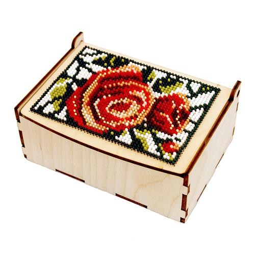 L-701 Деревянная заготовка шкатулка для вышивания бисером 'Розы на снегу' 12*8*5 см, Астра