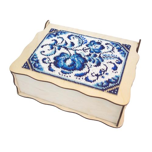 L-702 Деревянная заготовка шкатулка для вышивания бисером 'Фантазия в гжели' 20*15*6,5 см, Астра