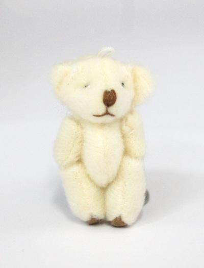 24906 Игрушка. Мишка плюшевый - 4,5см, цв.кремовый
