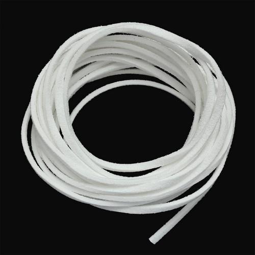 25372 Шнур белый из искусственной замши 3*1,5мм-3м
