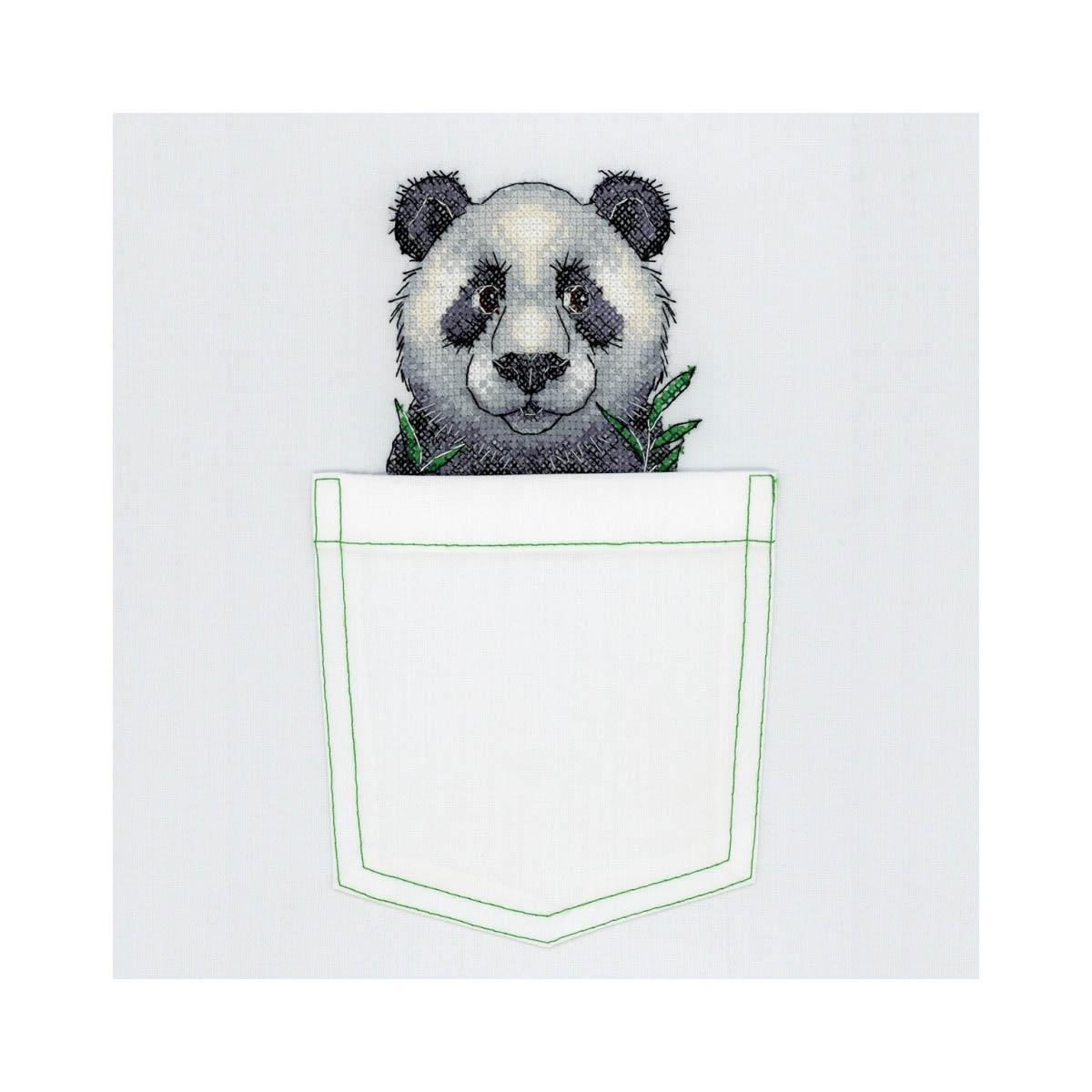 В-241 Набор для вышивания крестом на одежде МП Студия 'Веселая панда' 8*9см