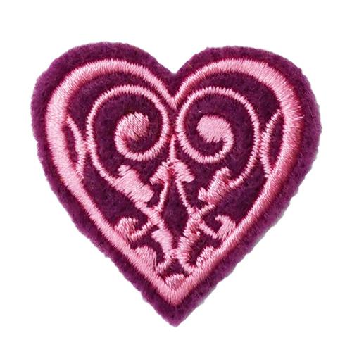 Термоаппликация 'Сердечко фиолетовое' 3,79*3,99см Созвездие